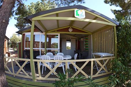 Un bungallow du camping des Olivier à Ille Rousse en Corse
